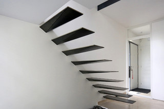Floating Triangular Treads  von  EeStairs