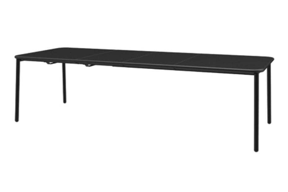Yard extensible table