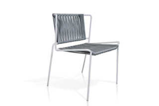 Out Line hand-woven chair  by  Expormim
