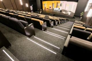 Oststadt Theater, Mannheim  by  FINDEISEN