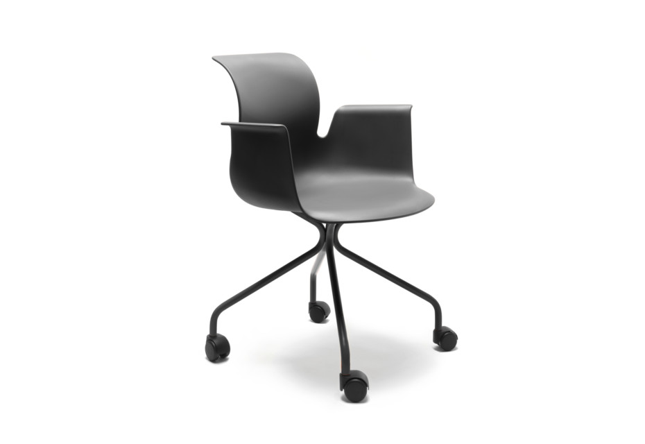 PRO ARMCHAIR X-Frame swivel chair