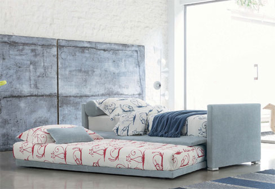 Biss E double bed