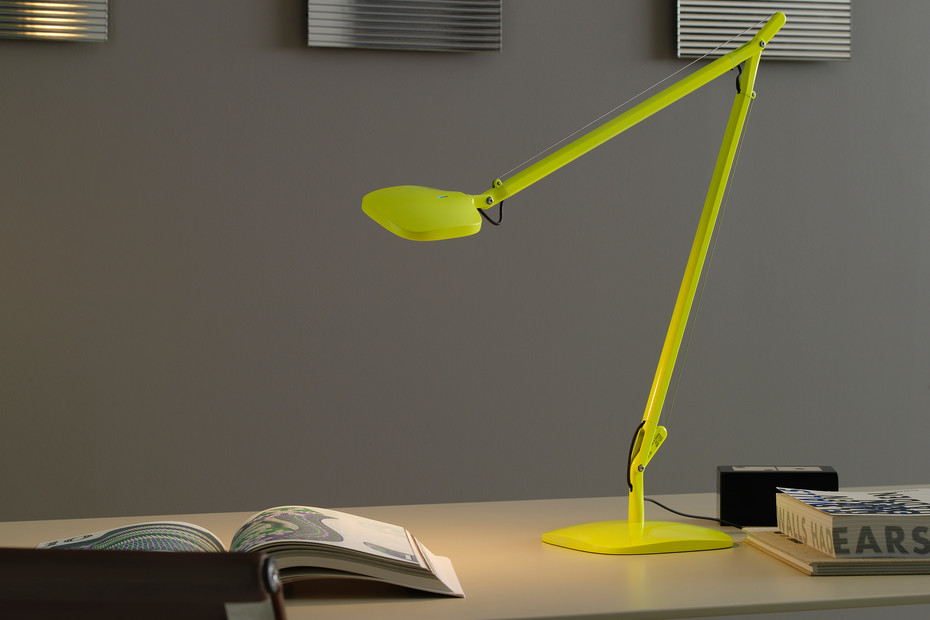 Volée table lamp