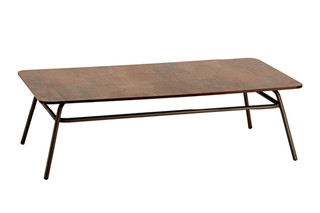 Casablanca table  by  Garpa