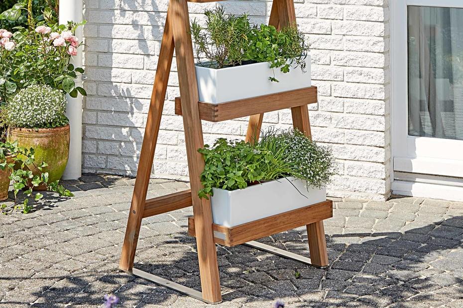 Normandie ladder garden planter