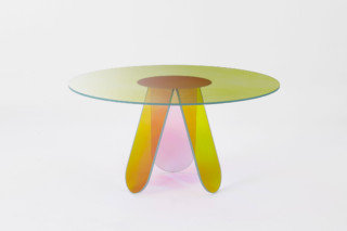 Shimmer dining table round  by  GLAS ITALIA
