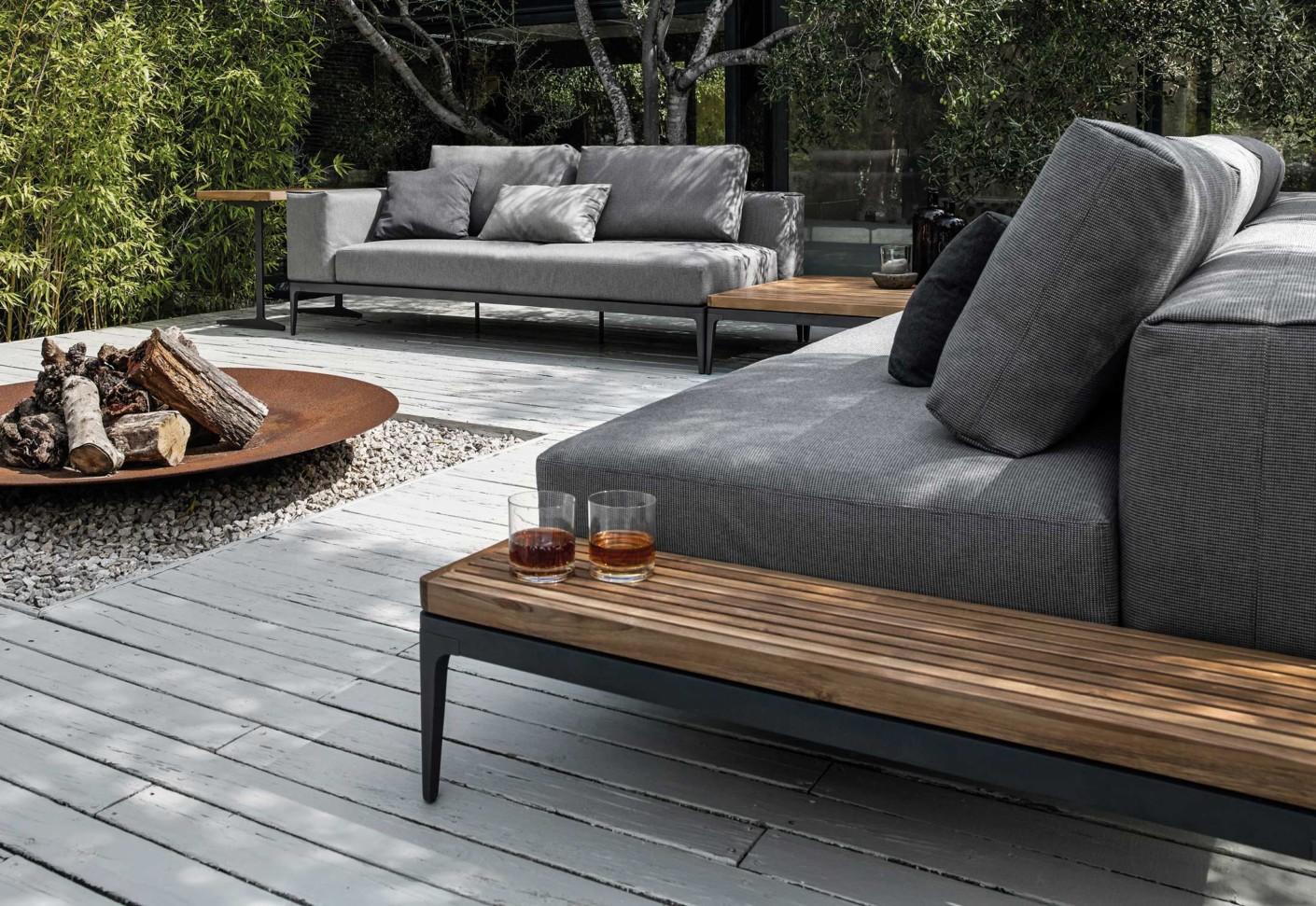 grid beistelltisch von gloster furniture stylepark. Black Bedroom Furniture Sets. Home Design Ideas
