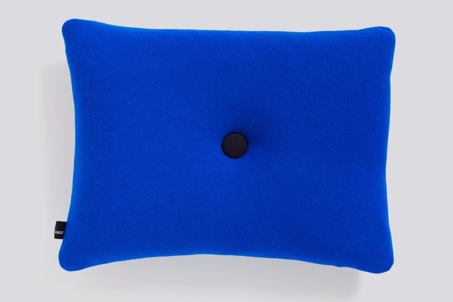 Dot Cushion Tonus
