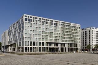 Steigenberger Hotel Berlin  von  Hofmann Naturstein