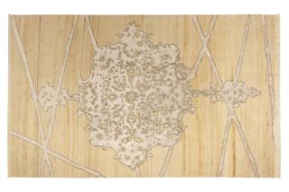 Saphir Undyed White  by  Hossein Rezvani