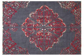 Termeh Red  von  Hossein Rezvani