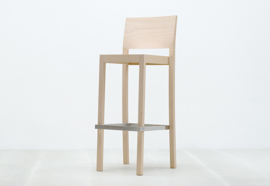 ST3N bar stool