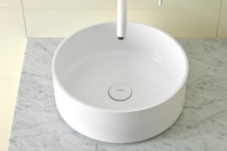 GLAZE round countertop basin  by  Inbani