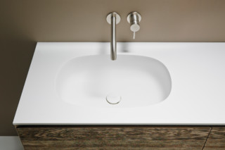 OVALO washbasin countertop  by  Inbani