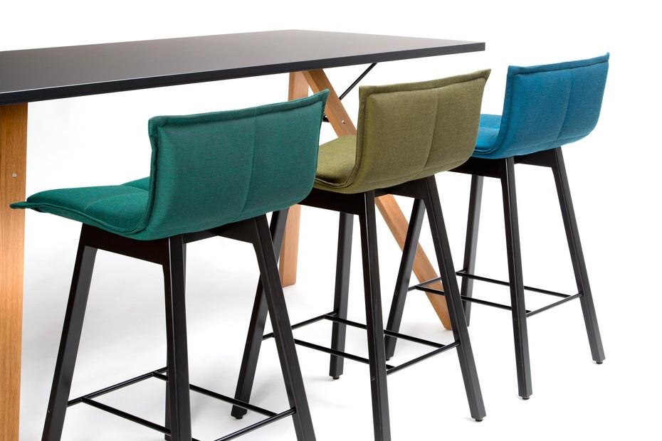 LAB bar stool low