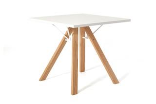 LAB Tisch quadratisch  von  inno
