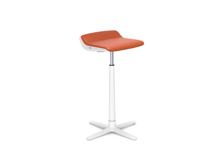 KINETICis5 bar stool