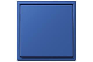 LS 990 in 4320K bleu outremer 59  von  JUNG