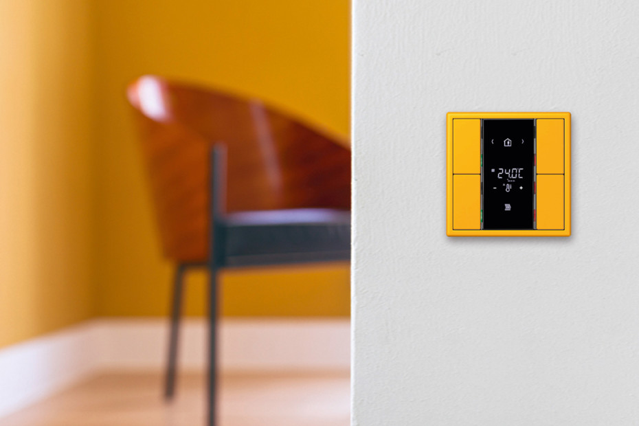 F 50 KNX compact room controller