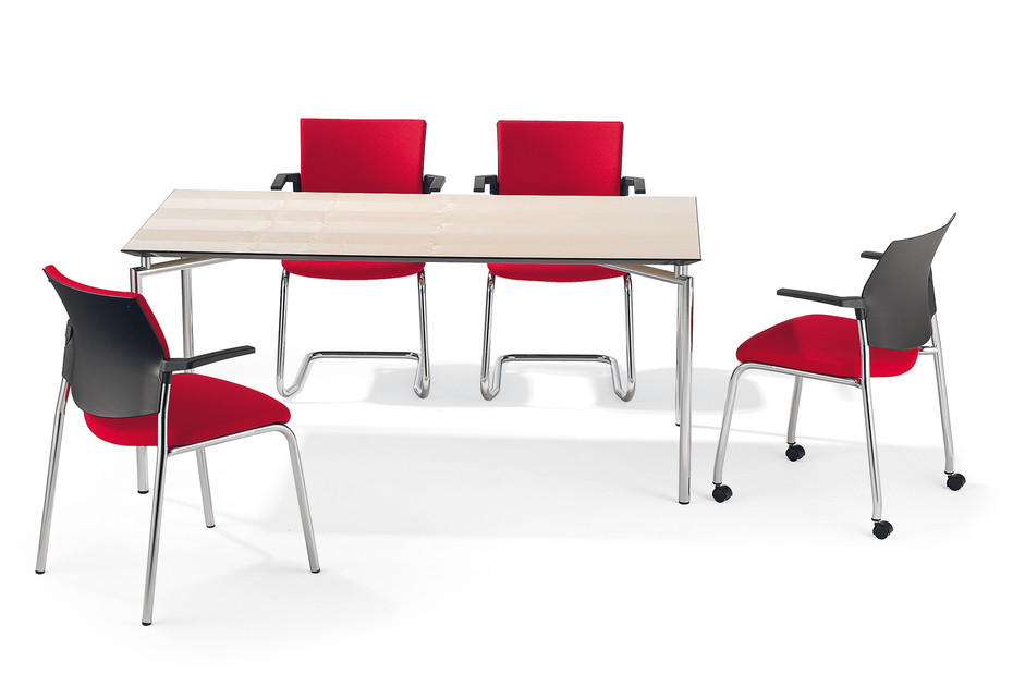 Cato Meeting chair four-legged with armrests