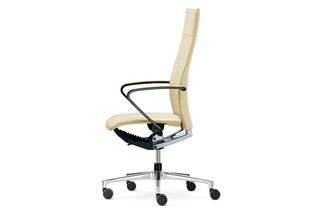 Ciello Office swivel chair with high backrest  by  Klöber