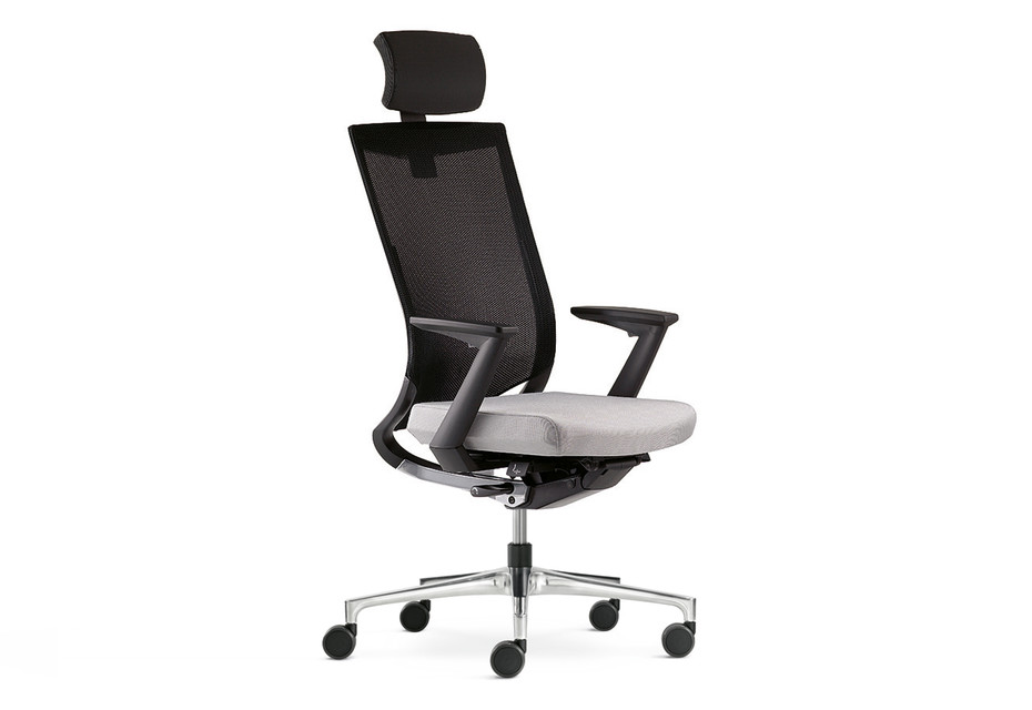 Duera Office swivel chair with mesh backrest