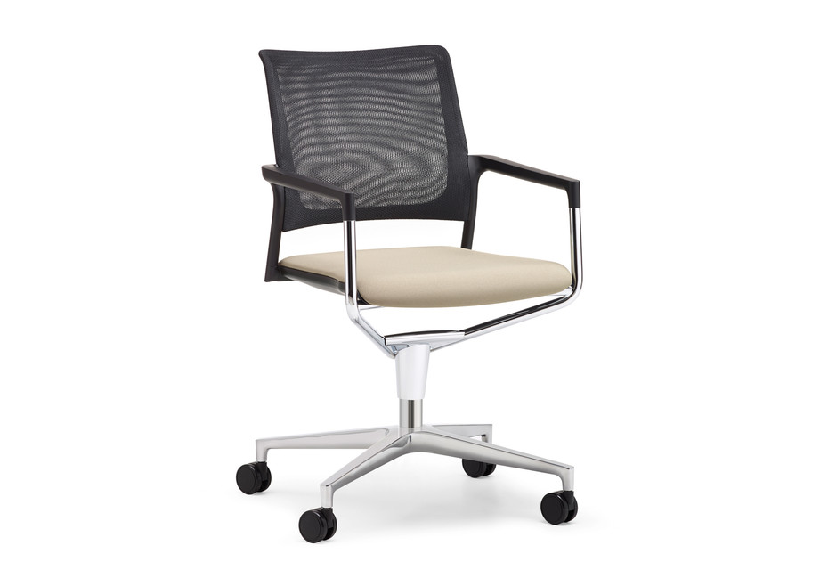 Mera conference swivel chair with mesh backrest and castors