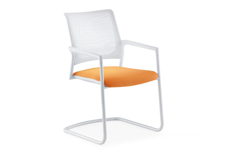 Mera visitor chair Cantilever with mesh backrest