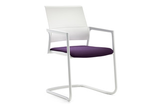 Mera visitor chair Cantilever  by  Klöber