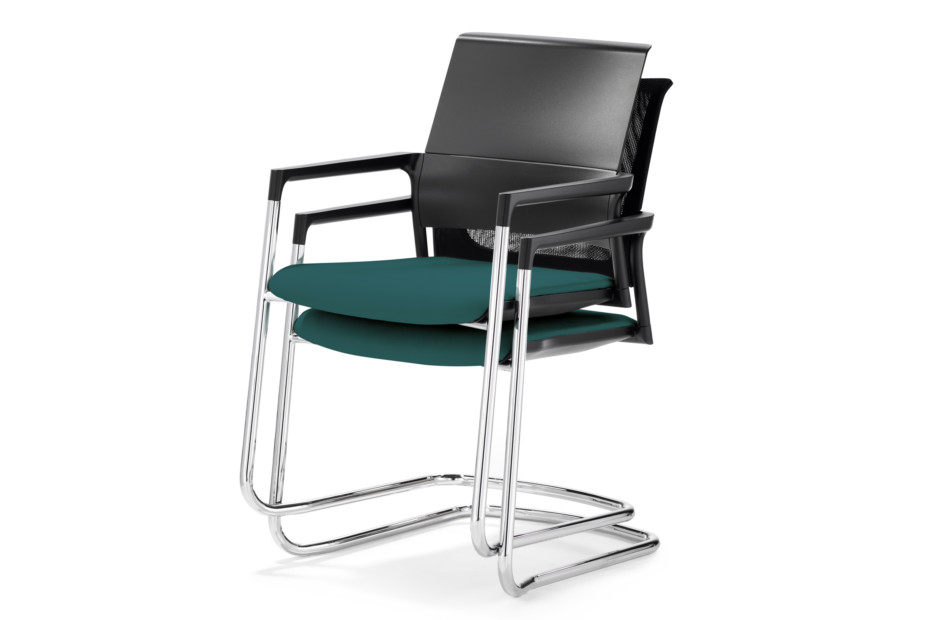 Mera visitor chair Cantilever