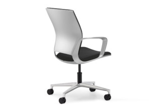 Moteo Perfect Conference swivel chair with castors   by  Klöber