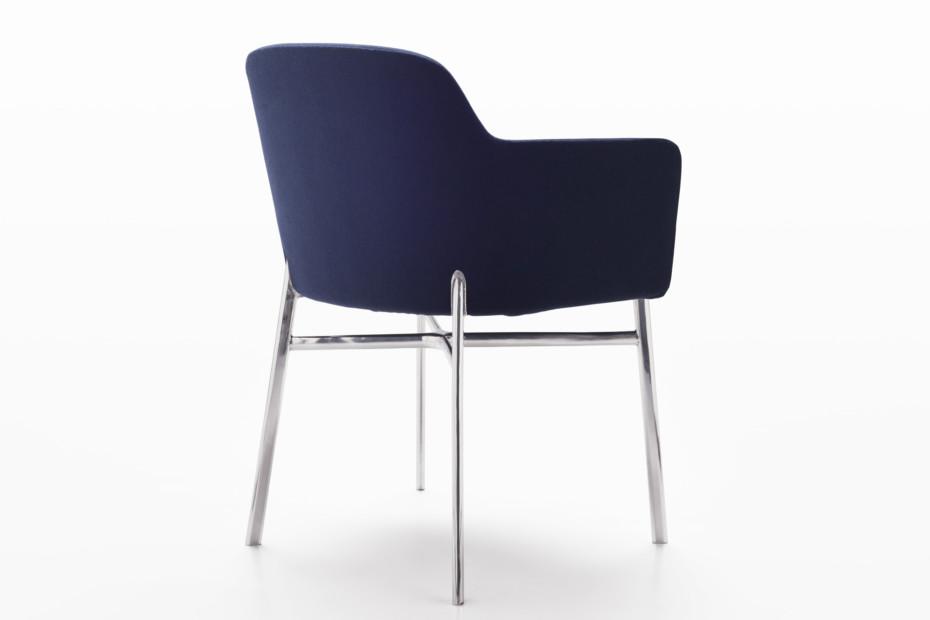 Krusin Sessel mit Armlehnen