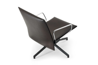 Pilot with armrests  by  Knoll