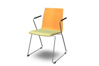 MOVE.ME visitor chair  by  König + Neurath
