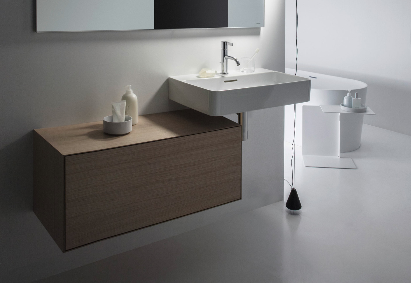Boutique vanity unit by Laufen  STYLEPARK # Wasbak Lamp_182834