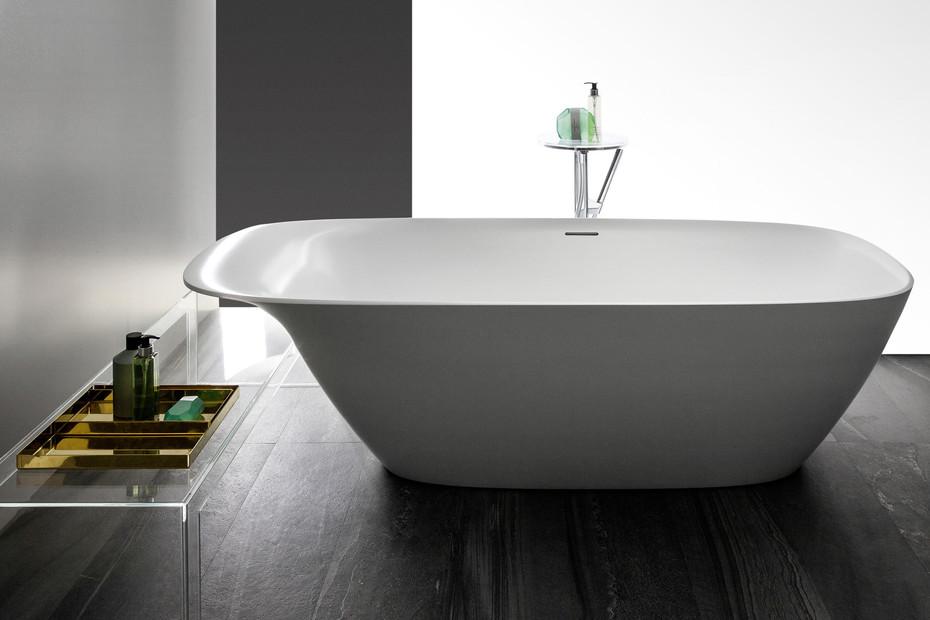 Ino bathtub
