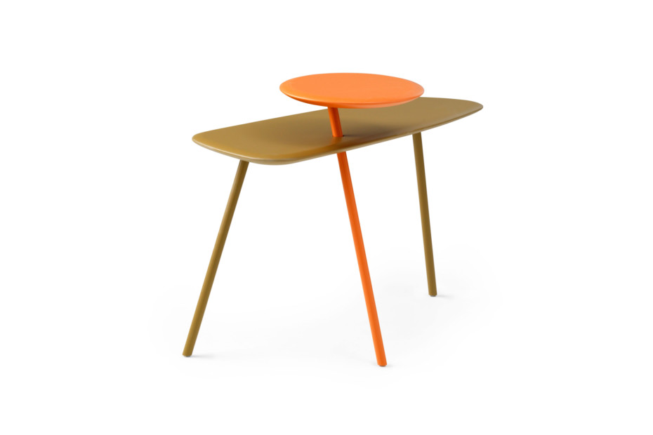 Tilio side table