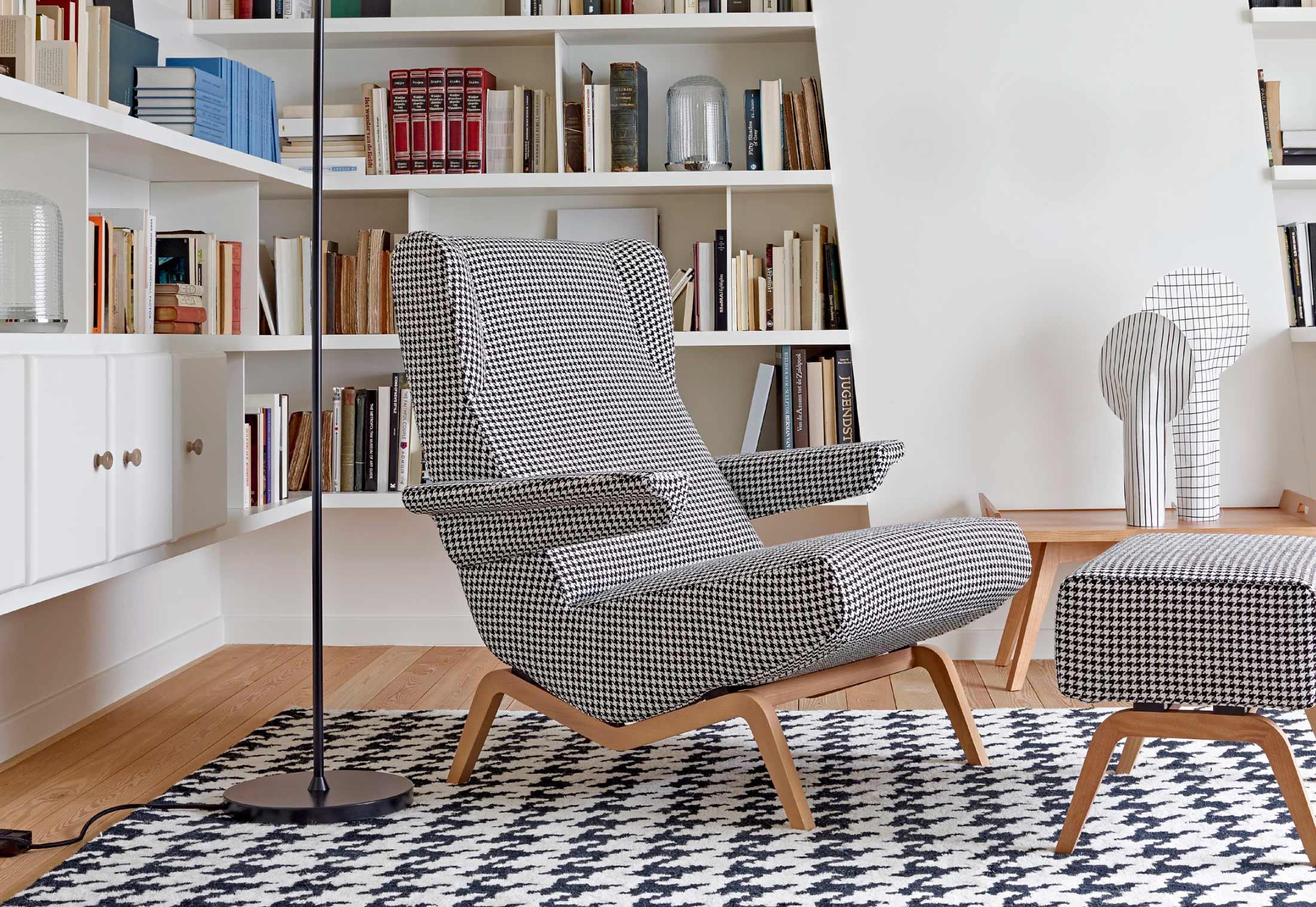 archi hocker von ligne roset stylepark. Black Bedroom Furniture Sets. Home Design Ideas