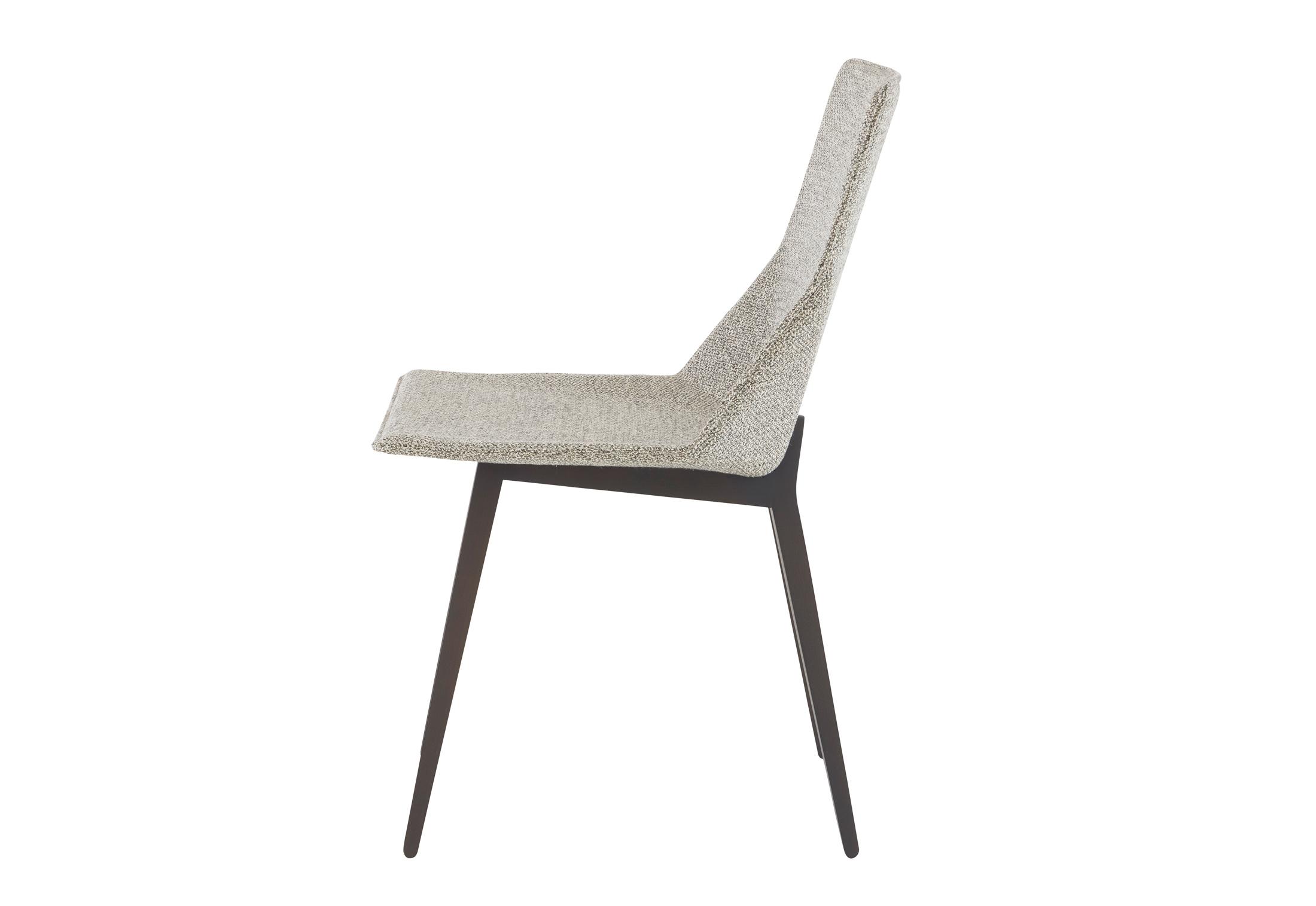 elsa stuhl mit holzbeinen von ligne roset stylepark. Black Bedroom Furniture Sets. Home Design Ideas