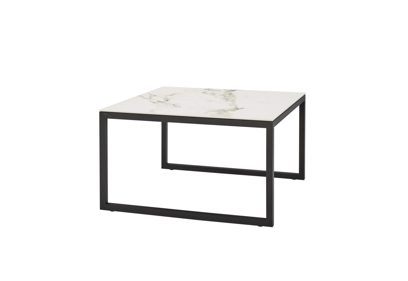 iso couchtisch von ligne roset stylepark. Black Bedroom Furniture Sets. Home Design Ideas