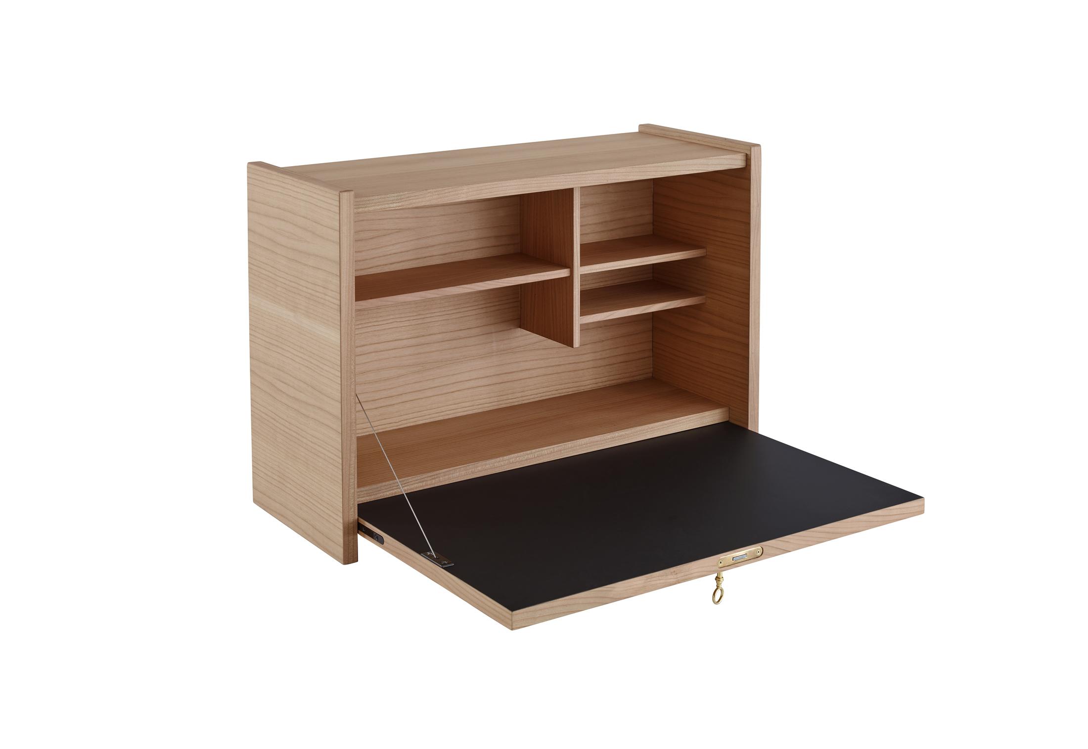 le secr taire mural by ligne roset stylepark. Black Bedroom Furniture Sets. Home Design Ideas