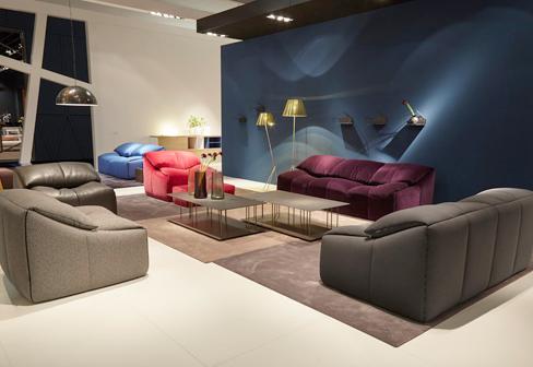 plumy sessel von ligne roset stylepark. Black Bedroom Furniture Sets. Home Design Ideas