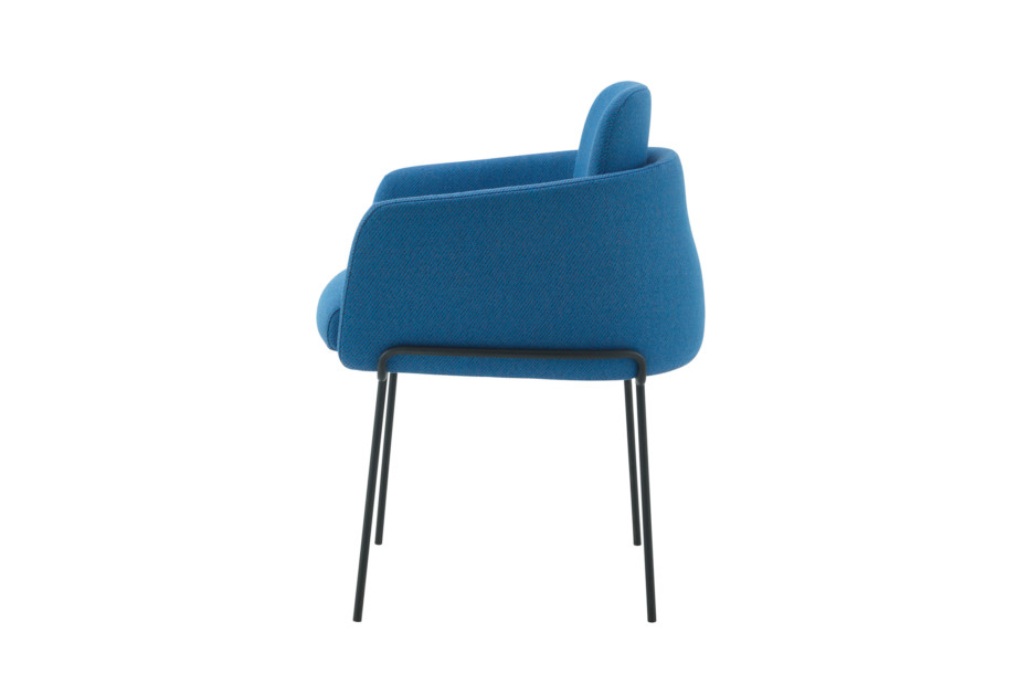 TADAO arm chair with metal legs