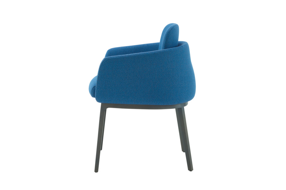 TADAO arm chair with wooden legs