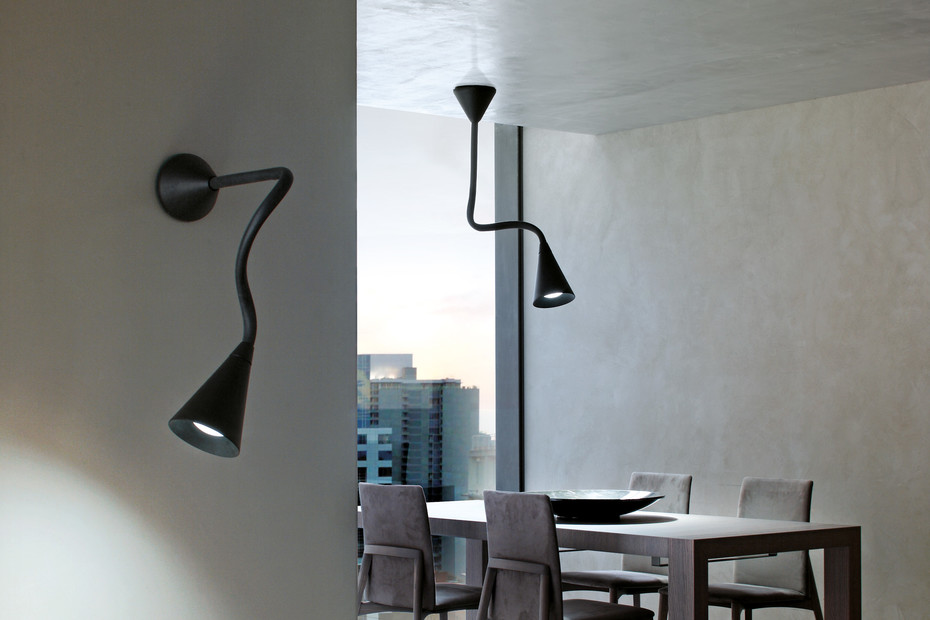Snake wall- & ceiling-mounted light