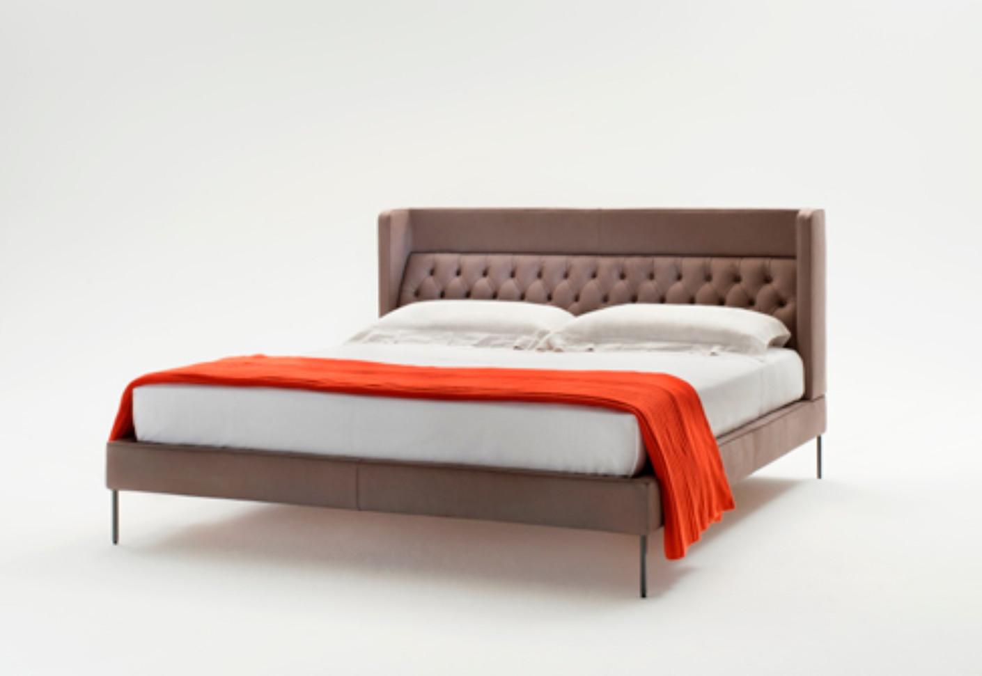 lipp bett von living divani stylepark. Black Bedroom Furniture Sets. Home Design Ideas