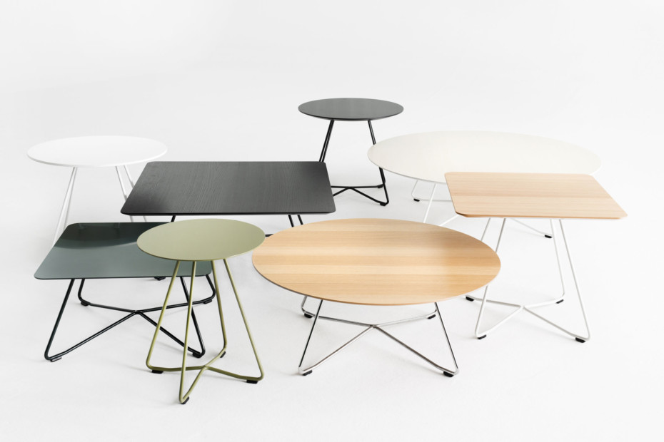 Scoop coffee table