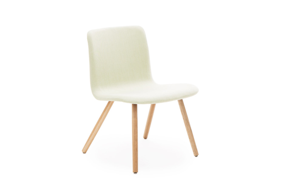 Sola lounge chair with wooden legs