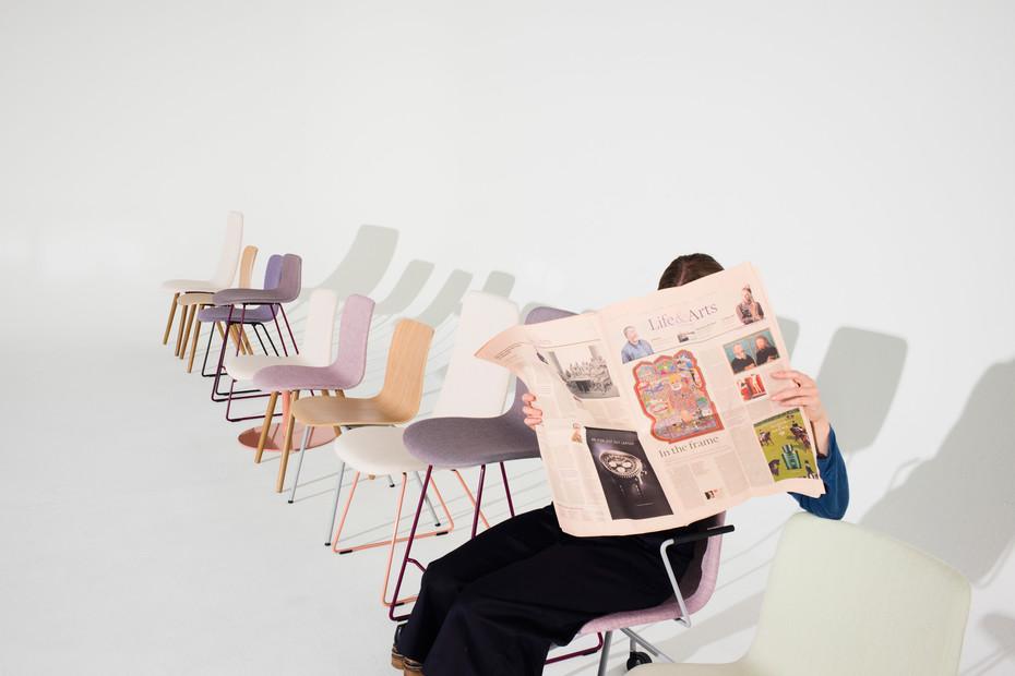 Sola Lounge Chair mit Holzbeinen