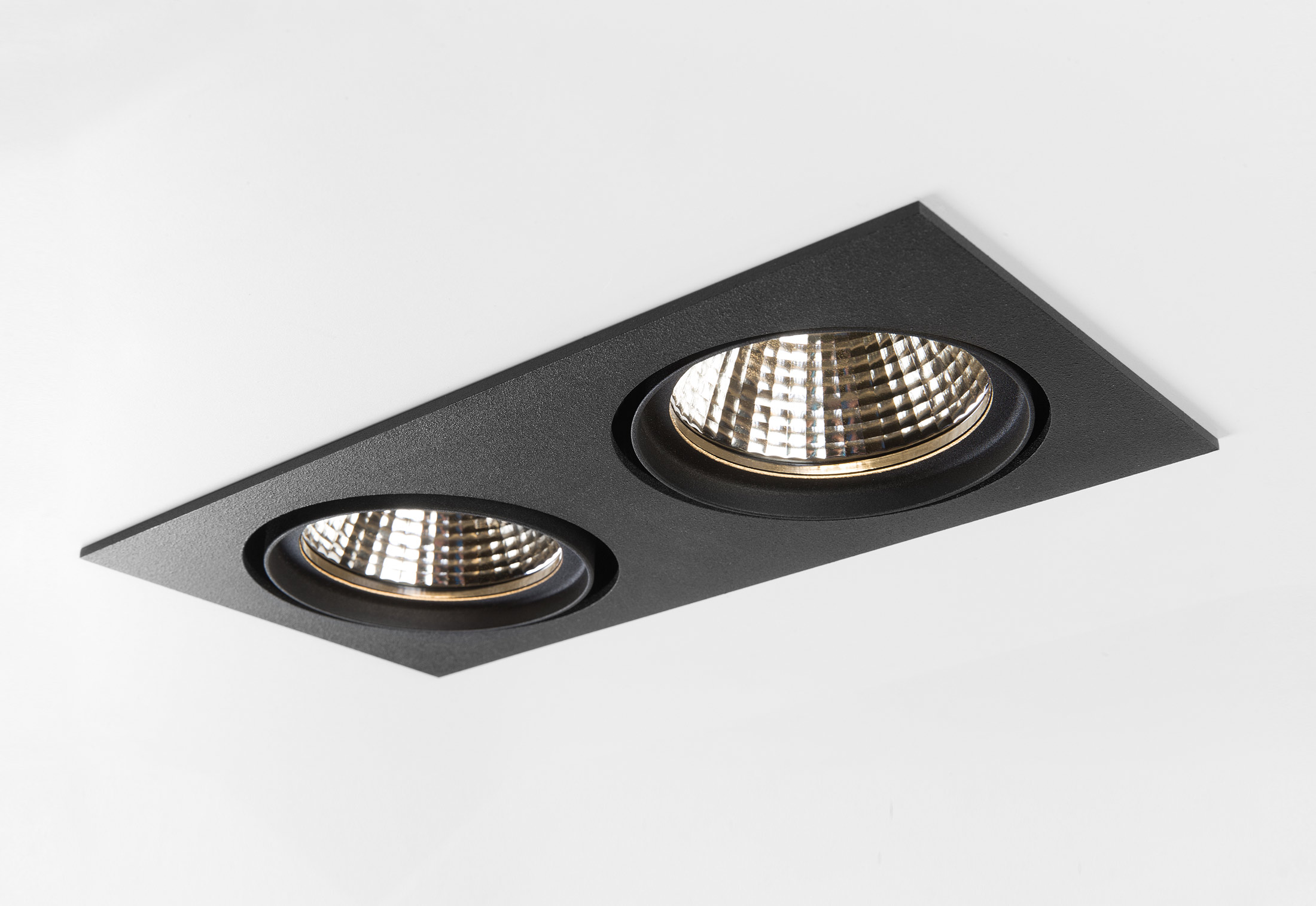 Marcel 2x LED by Modular Lighting Instruments